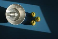 олово торта яблок Стоковая Фотография