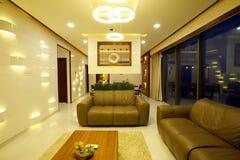 домашняя живущая самомоднейшая комната Стоковая Фотография