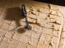 домодельные делая макаронные изделия Стоковые Фотографии RF