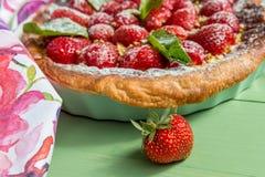 домодельный пирог клубники Макрос Стоковая Фотография