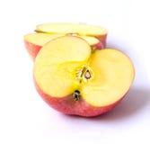 ломтик красного цвета яблока Стоковая Фотография