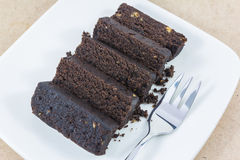 ломтик темноты шоколада торта Стоковые Изображения