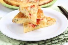 Омлет с сыром, томатом и укропом Стоковое Фото