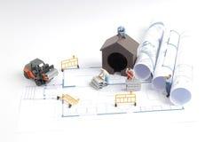 дом здания на светокопиях с конструкцией работника Стоковые Фотографии RF