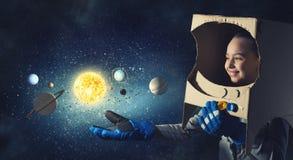Она хочет стать астронавтом Мультимедиа Стоковые Фото
