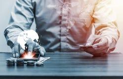 Онлайн-банкинги и интернет креня передвижная концепция банка Стоковое Изображение RF