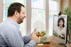 Онлайн здоровый обед для 2 Стоковая Фотография