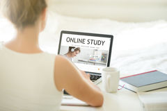 Онлайн изучая веб-служба Стоковое фото RF