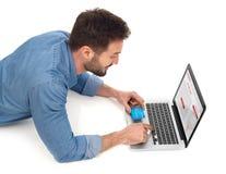 Онлайн покупки с карточкой стоковая фотография rf