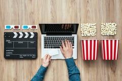 Онлайн течь кино Стоковая Фотография RF
