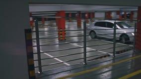 ОН нелегально один автостоянка или гараж видеоматериал