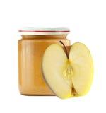 Опарник пюра младенца и свежего яблока изолированных на белизне Стоковые Фотографии RF