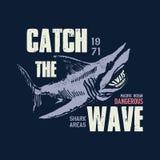 Опасная иллюстрация акулы с typo Стоковое фото RF