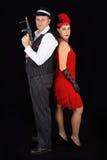 Опасный гангстер красивого и clyde с 1920 одеждами стиля стоит Стоковые Фотографии RF