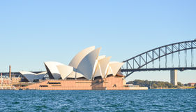 Опера и мост гавани, ориентир ориентиры Сиднея Стоковые Фото