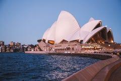опера Сидней дома сумрака Стоковое Фото