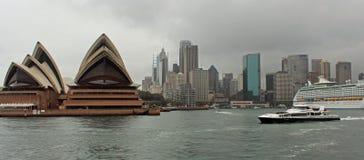 Оперный театр в Сиднее Стоковые Фотографии RF