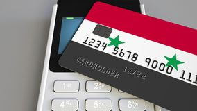 Оплата или стержень POS при кредитная карточка отличая флагом Сирии Сирийские розничные коммерция или банковская система схематич стоковое изображение