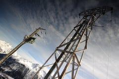 Опора электричества в высокой горе Стоковое Изображение