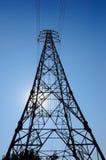 Опора электричества под голубым небом Стоковое Фото