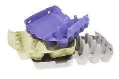 Опорожните бумажный поднос яичек изолированных на белой предпосылке Стоковые Фотографии RF