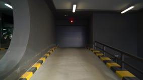 Опорожните подземный гараж сток-видео