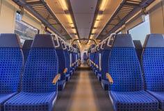 Опорожните стулья поезда Стоковые Фото