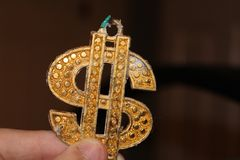 дополнительный иллюстратор золота формы eps доллара самана 8 включает символ v Стоковые Изображения