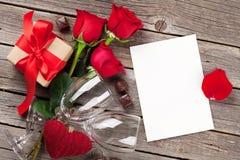 8 дополнительный ai как осмотр приветствию архива eps дня карточки предпосылки теперь над ожидающими решения сохраненными valenti Стоковое Изображение