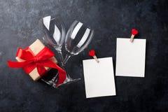 8 дополнительный ai как осмотр приветствию архива eps дня карточки предпосылки теперь над ожидающими решения сохраненными valenti Стоковые Фотографии RF