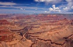 Оправа грандиозного каньона южная обозревает Стоковое Фото