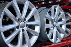 Оправа колеса автомобиля алюминиевая Стоковое Изображение RF