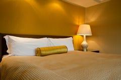 определенная размер комната короля роскошная Стоковые Фото