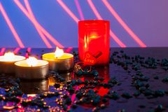 Определите освещенные свечи Миражирует Новый Год Стоковое Изображение RF