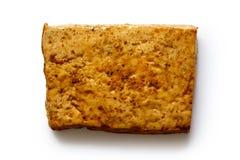 Определите блок marinated тофу изолированного на белизне Стоковое Изображение RF
