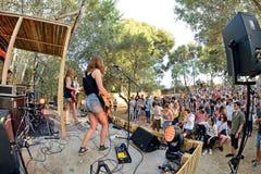 Оплачьте диапазон от Каталонии в концерте на фестивале Vida стоковые фотографии rf