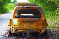 Оранжевая автомобильная катастрофа стоковое фото
