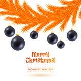 Оранжевая гирлянда ели рождества на задней части белизны Стоковая Фотография RF