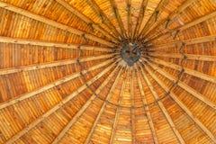 Оранжевая крыша католической смертной агонии часовни Христоса в Dachau стоковые изображения