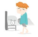 Оранжевое бодрствование мальчика волос как раз вверх в спальне Стоковое фото RF