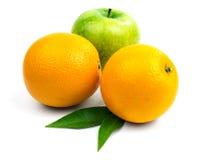 2 оранжевое и яблоко Стоковое Изображение