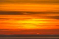 Оранжевое небо над морем стоковая фотография rf