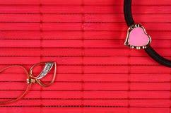 Оранжевое позолоченное сердце с сердцем золота Стоковая Фотография RF