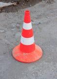 Оранжевый конус движения на дороге Стоковая Фотография