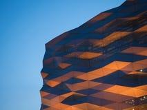 Оранжевый свет на фасаде Стоковое Изображение
