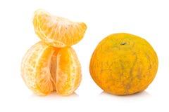 Оранжевый тухло пакостно зрело корка белизна изолированная предпосылкой Стоковые Фото