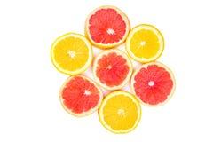 Орандж и ломтики грейпфрута в форме цветка Стоковые Изображения