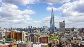 Организации бизнеса и Река Темза, панорамный взгляд, Лондон, Великобритания, промежуток времени видеоматериал