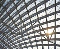 Организация конструкции современной крыши станции стальная Стоковая Фотография RF