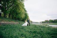 Организация церемонии выхода на свадьбе Свадьба за рубежом стоковое фото